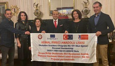Projeye ekibi Büyükelçi Egemen Bağışı ziyaret etti